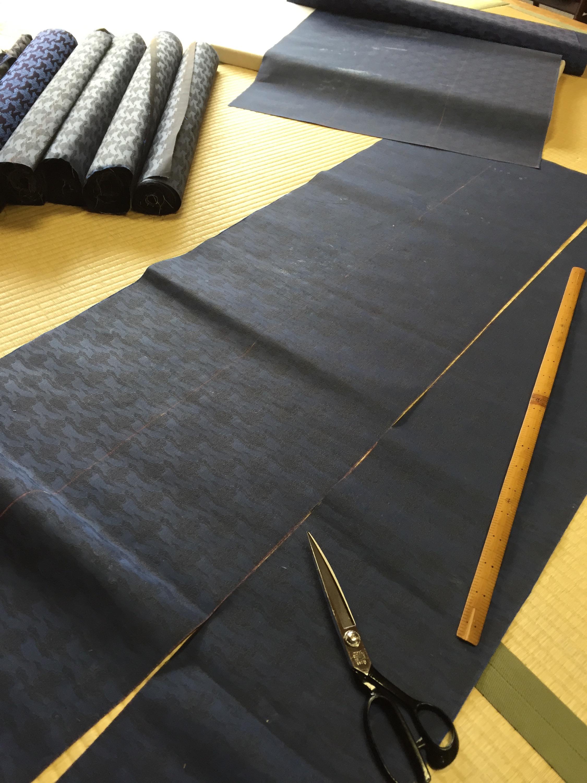 buddhism kyoto tradition naoshichi fabric 五条袈裟 仕立 裁断 川勝直七
