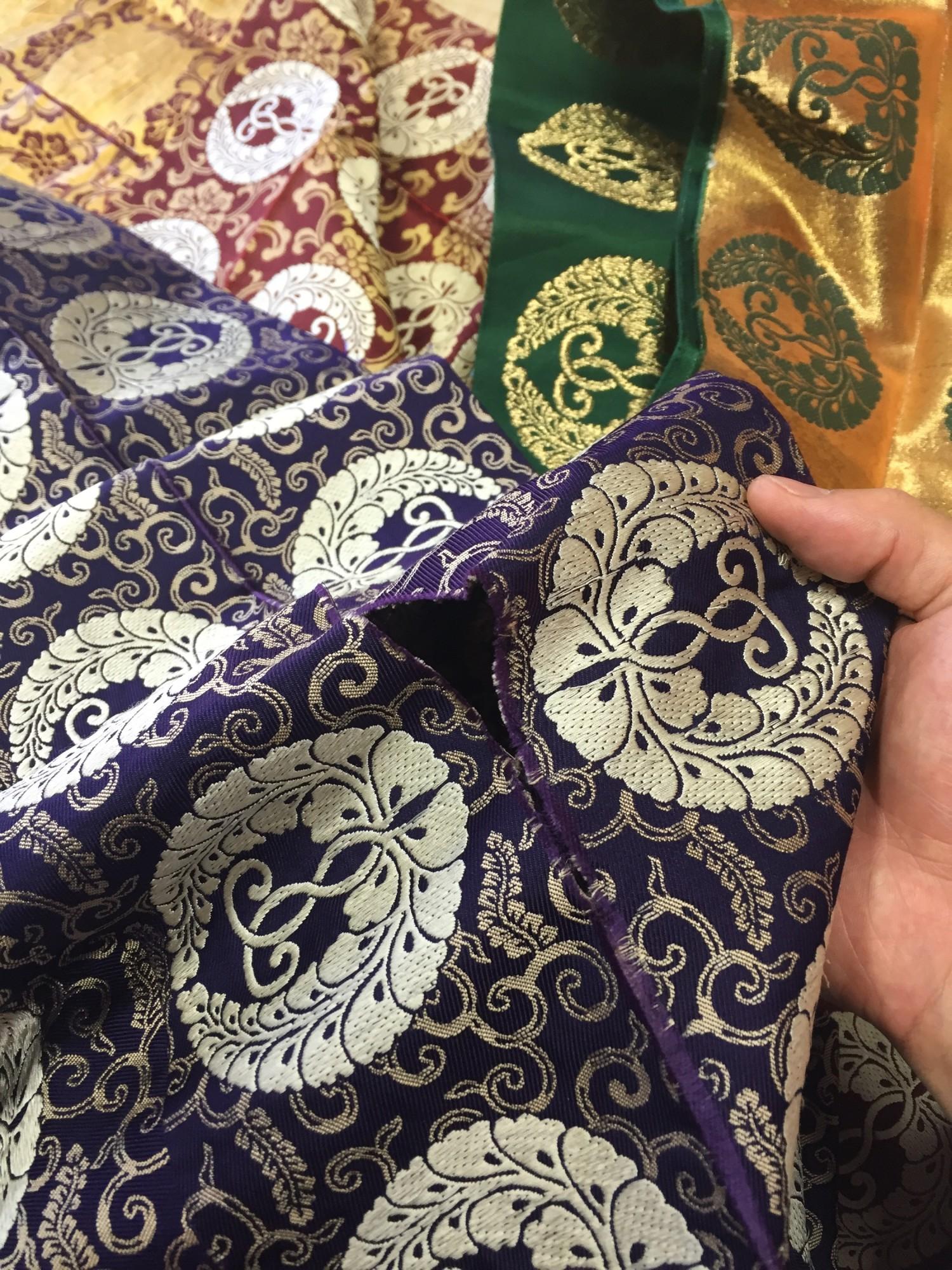 Buddhism kyoto tradition naoshichi fabric repair 五条袈裟修繕 川勝直七